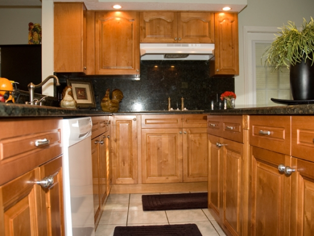 Honey Maple Cabinets 3